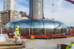 Ende der Montagearbeiten der Panorama-Plattform British Airways i360 in Brighton